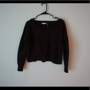 Reddish brown cropped cashmere sweater